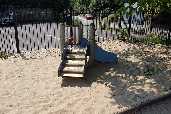Great Bookham, Chrystie Play Area - 4/8