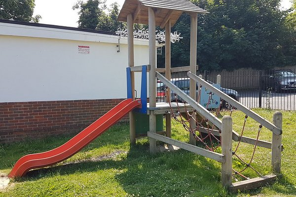 Great Bookham, Chrystie Play Area - 3/8