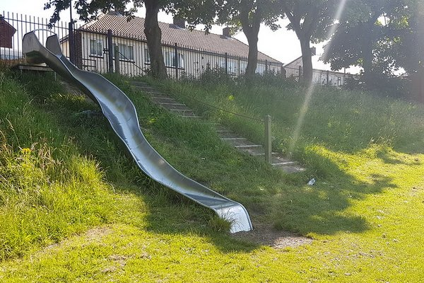 Hartlepool, Brougham Play Area - 0/2
