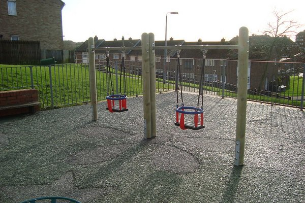 Hastings, Mendip Play Area - 3/4