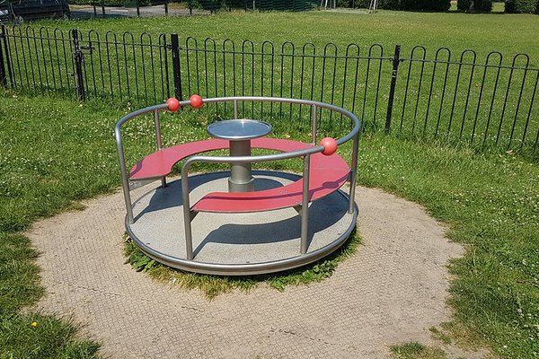 Great Bookham, Chrystie Play Area - 2/8
