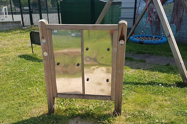 Great Bookham, Chrystie Play Area - 6/8