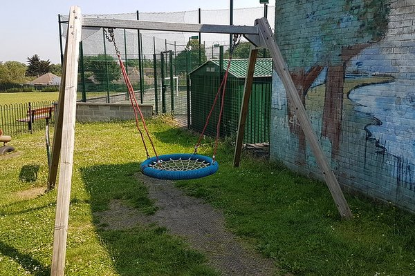 Great Bookham, Chrystie Play Area - 7/8
