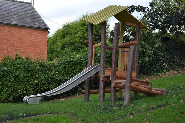 Worcester, Fort Royal Hill Play Area - 5/10